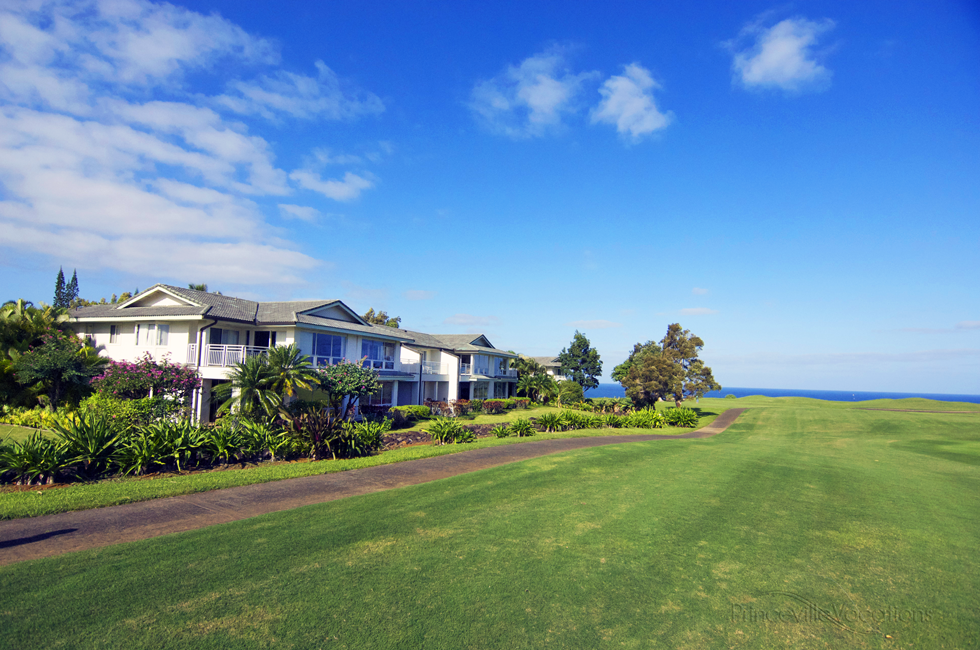 Princeville-Vacations.Emmalani-Court.front.golf.ocean
