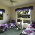 Princeville-Vacations.Sunset.bedroom.twins