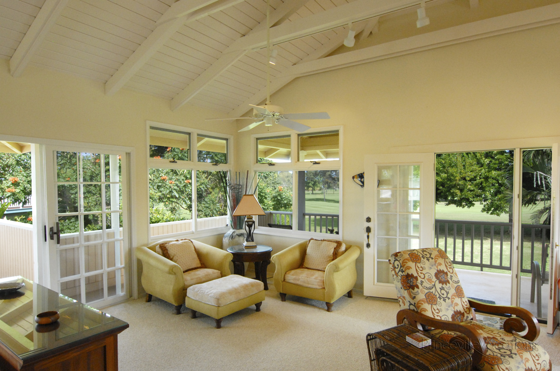 Princeville-Vacations Sunset Livingroom with Golf Course View.