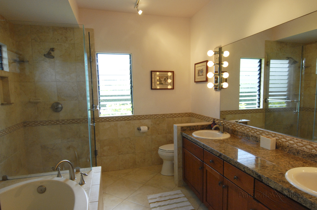 Princeville-Vacations Sunset Master Bathroom