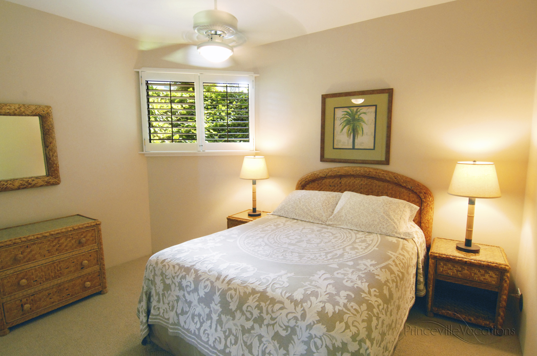 Princeville-vacations.PuuPoa110.bedroom.Kauai.vacation.rental