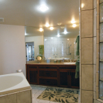 Princeville-vacations.PuuPoa110.masterbath.Kauai.vacation.rental