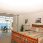 p_15-princeville-kauai-vacations-puupoa-211-master-bedroom-oceanview