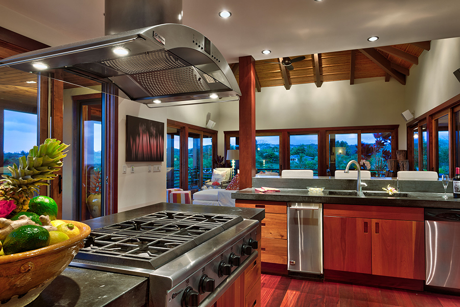 p_72-Princeville-Vacations.IkenaLani.kitchen.view