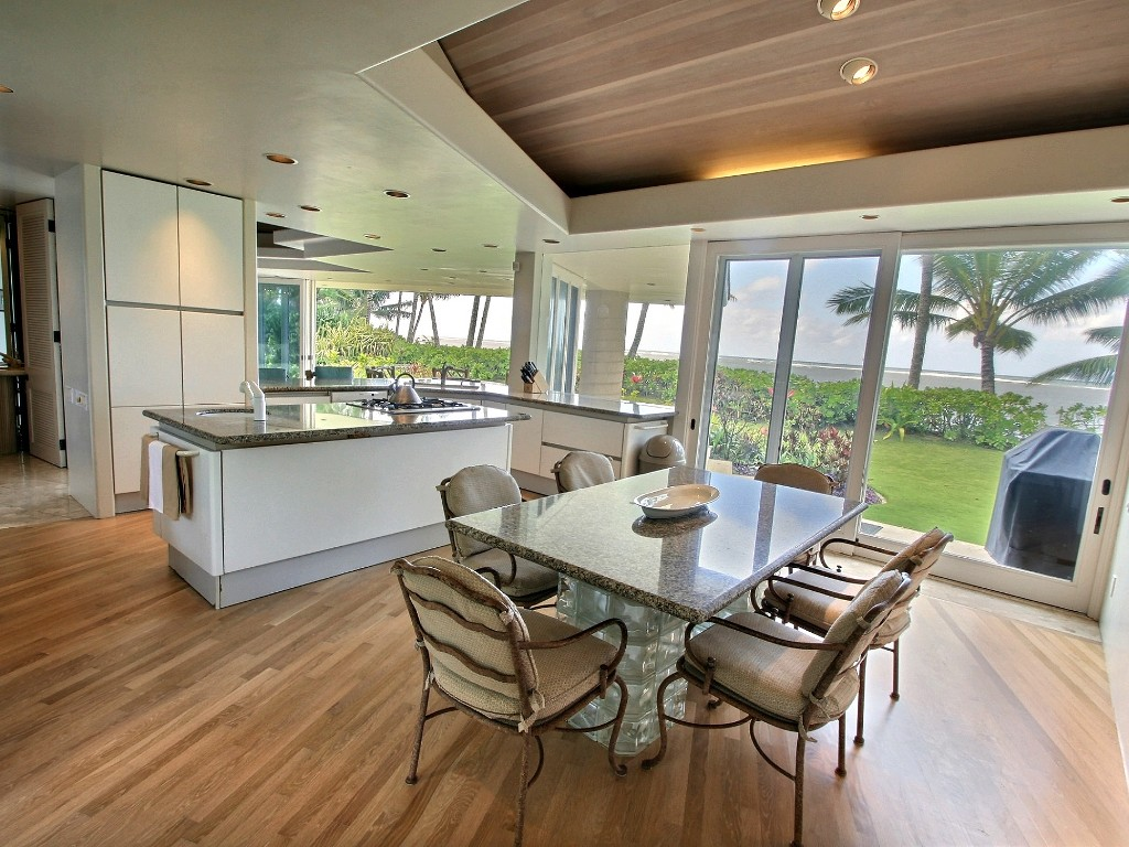p_76-Princeville-Vacations.AniniBeachFront.Kitchen