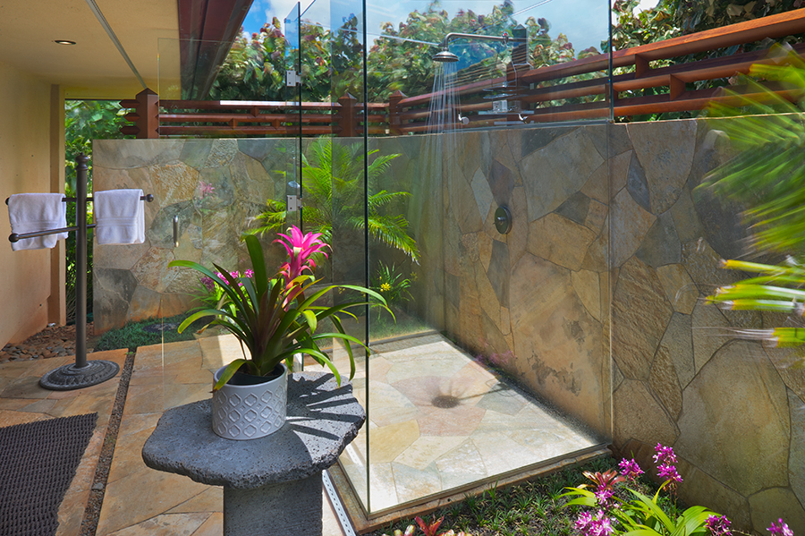 p_78-Princeville-Vacations.halenene.outdoor.shower