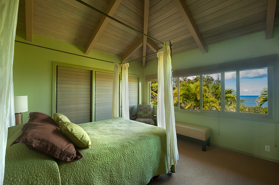 p_80-Princeville-Vacations.HaleOlalani.bedroom3.oceanview