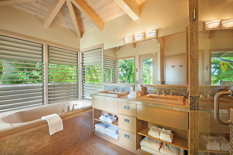 p_80-Princeville-Vacations.HaleOlalani.master.bathroom