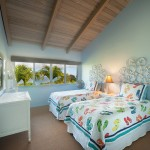 p_80-Princeville-Vacations.HaleOlalani.oceanview.bedroom2