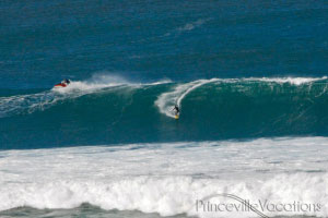Big waves at Futures on Kauai 's North Shore
