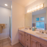Princeville-Vacations.Golf.course.Bathroom-1