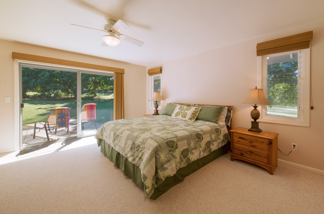Princeville-Vacations.Golf.course.Kauai.Bedroom-1