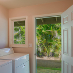 Princeville-Vacations.Golf.course.Laundry