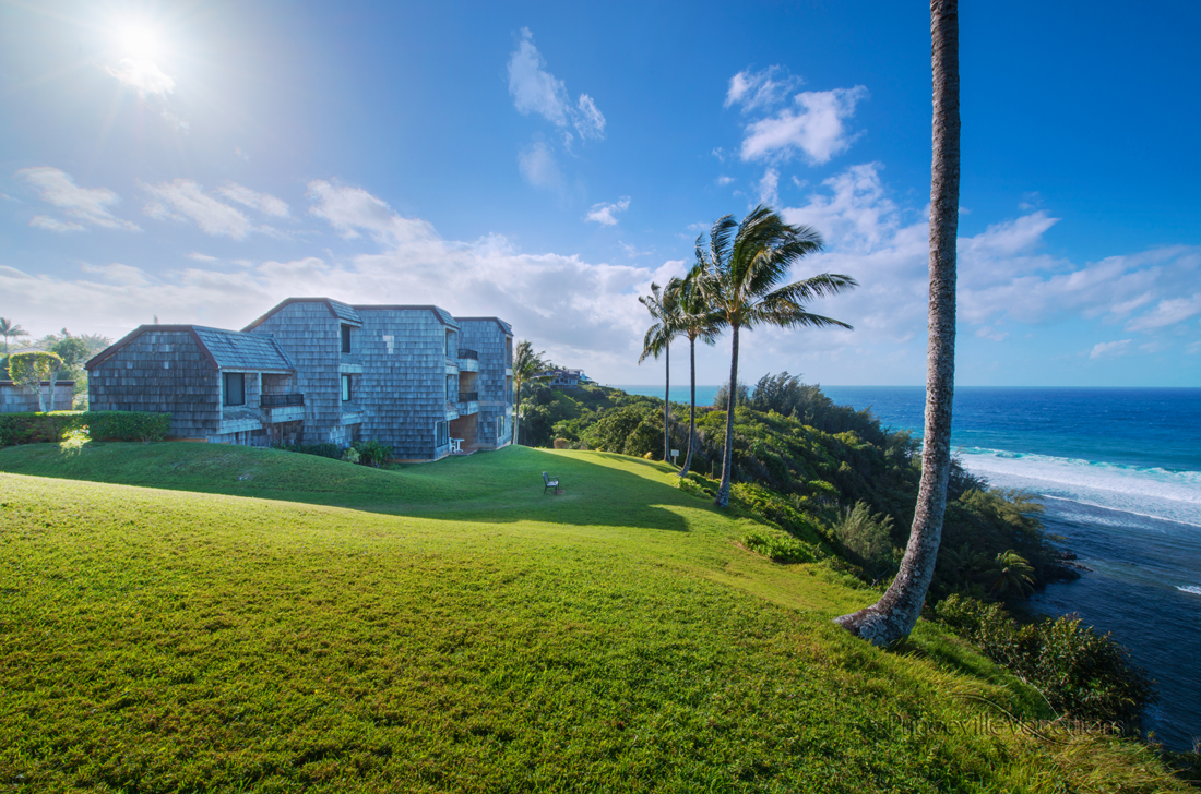 Princeville-Vacations.Sealodge.oceanfront.Hawaii
