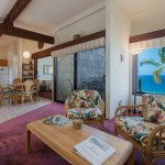 Princeville-Vacations.Sealodge.open.concept.livingroom.kitchen.mountain.view.Hawaii