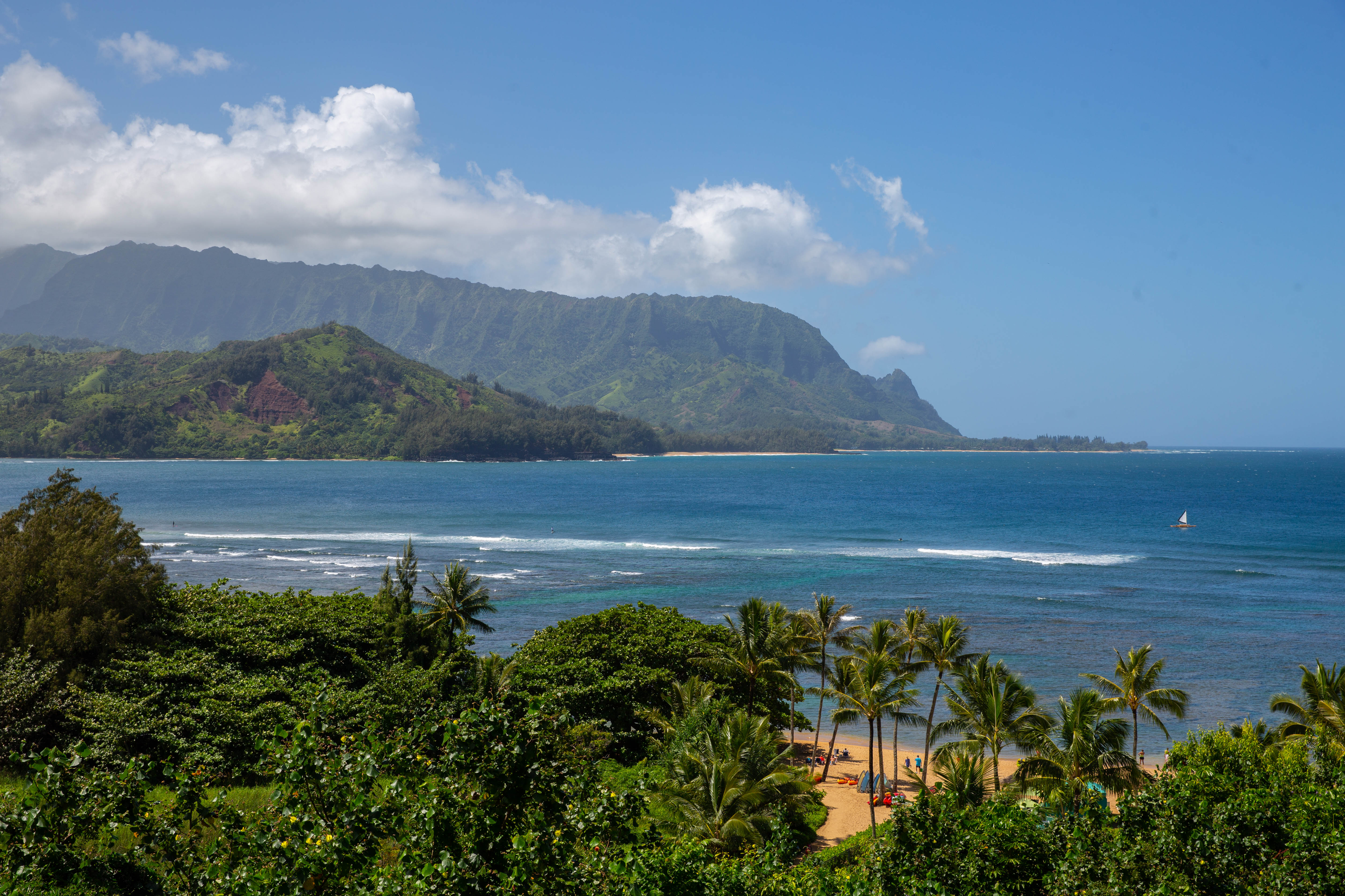 Princeville-vacations Pali Ke Kua beach in front of Hotel